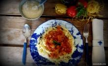 ταλιατέλες με σάλτσα μελιτζάνα